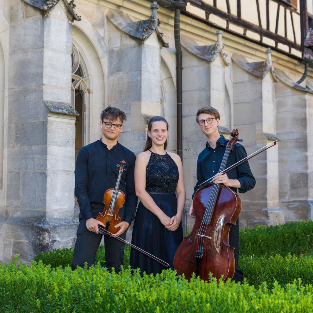 Junge Talente - Arton-Trio