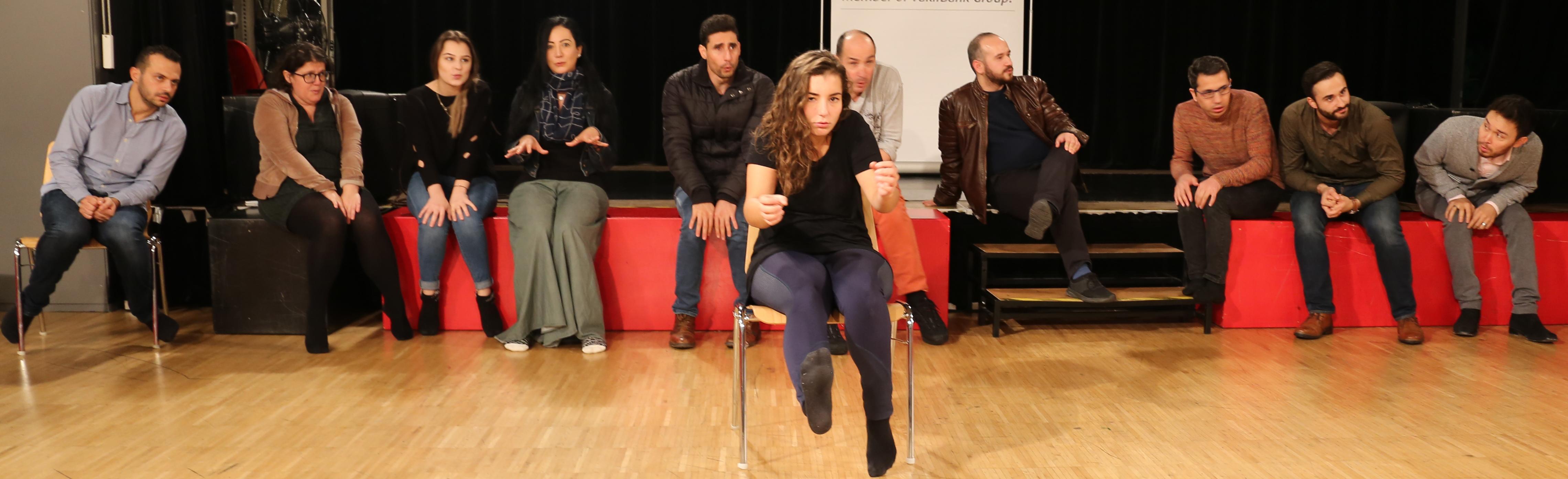 Offene Multilinguale Theaterklasse